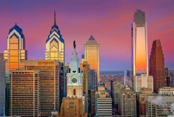 create a custom travel itinerary in Philadelphia